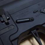 E&L M4にFLリベットを使ってアンチローテーションリンクを付けました。