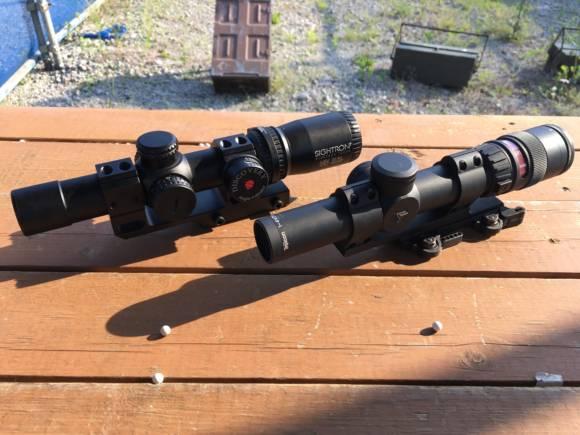 1-4×24mmショートスコープ対決。LayLax SOLとTrijicon TR24 AccuPointを比較してみた。