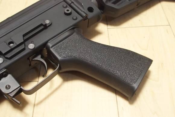 KSC AK74 ERGの外装カスタム(Part4) PTS US PALM AKグリップに交換してみた
