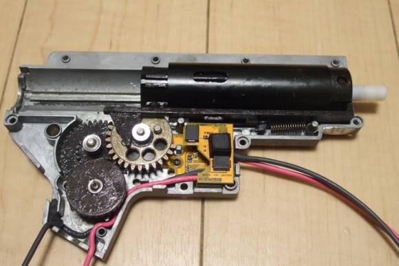 VFC/Cybergun SIG MCXに不知火 陽炎2型B改 Ver.2メカボックス用FCUを組み込んでみた