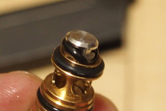 タナカ SIG P220 ICは、マガジンの温度が高すぎると動作が不安定になる模様