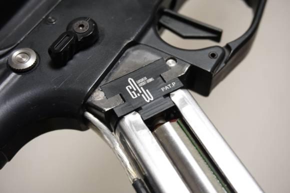 G.A.W. SYSTEMA 490モーター用逆転防止モーターヘッドを組み込んでいきます